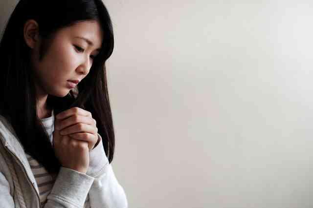 日本人は世界一不安を感じやすい!?不安遺伝子(セロトニントランスポーター)S型保有者が98.3% | ママズアップ