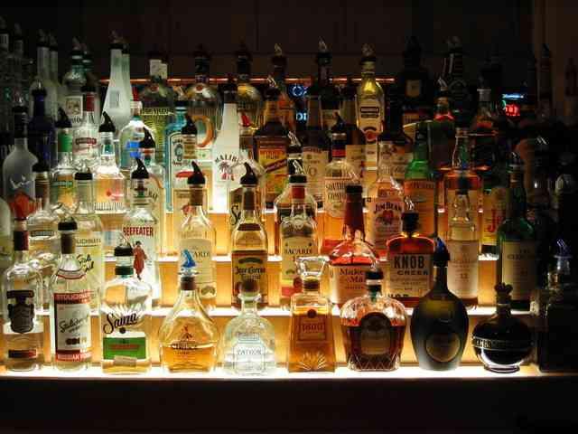 「酒は百薬の長」と言われてきたが カナダ、豪州の研究で完全否定 : Aging Style(エイジングスタイル)