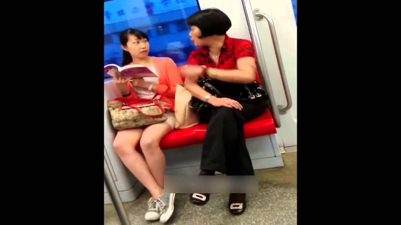 【中国】電車内で口論する親子 - YouTube