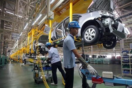 自動車工場での勤務経験がある方いますか?