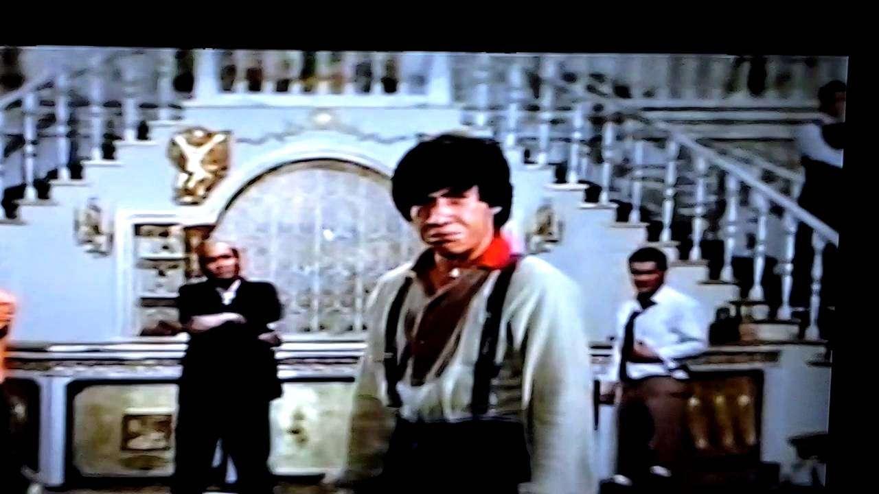 ジャッキー・チェン 殺人者チャンにも容赦なし - YouTube
