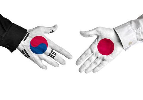 【韓国】反日から蜜月?中国にキムチまで侮辱される文在寅政権「日本に離れてもらっては困る」 : 厳選!韓国情報