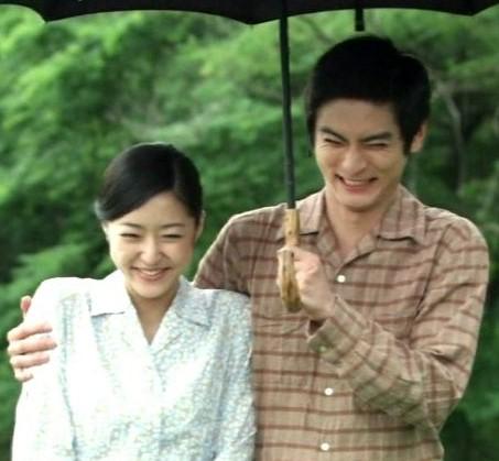初音映莉子と高良健吾のラブシーンが公開!映画『月と雷』