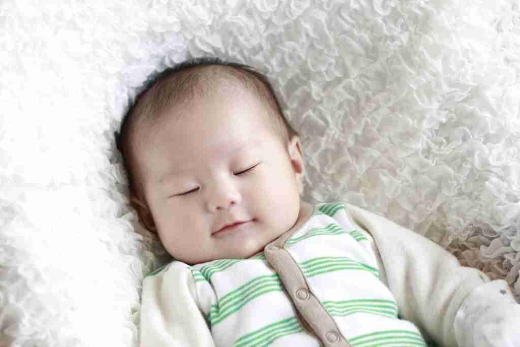 赤ちゃんが寝ている時何してる?