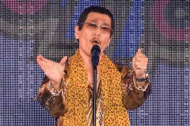 古坂大魔王が芸人への辛辣ツイートに苦言 知っている人がネタやれば面白い - ライブドアニュース