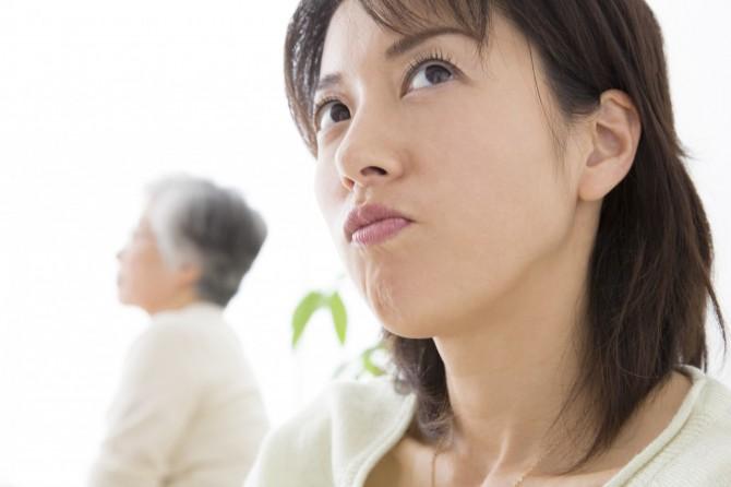 義両親に対するストレスはありますか?