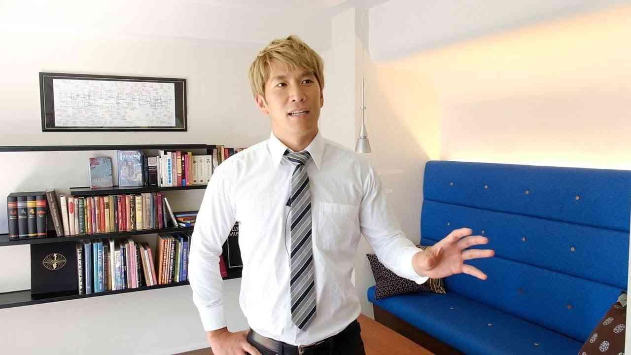 ブルゾンちえみ脇の芸人 徳田浩至さんはアメフト元主将 背中で語る - YouTube