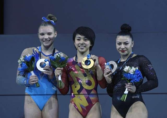 村上茉愛が女子63年ぶりの金メダル…女子床運動「私で良かった」 (スポーツ報知) - Yahoo!ニュース