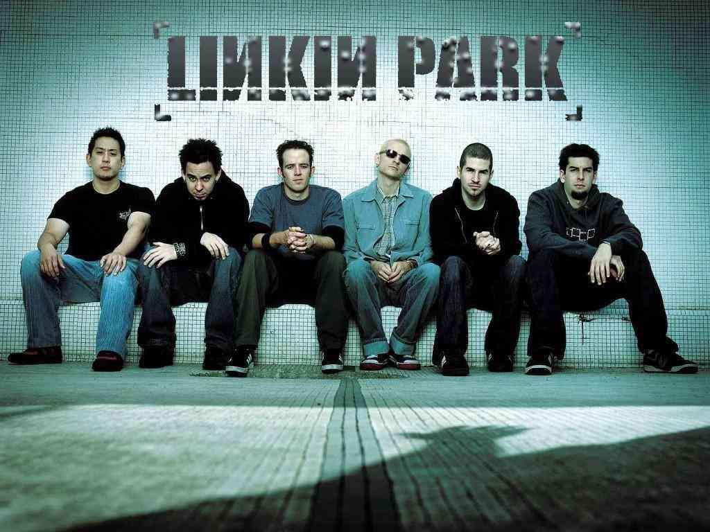 リンキン・パーク、11月の来日公演中止 ファン&ワンオクへメッセージ「再びステージに…」