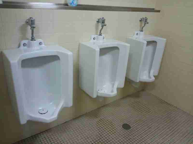 男児の女子トイレ使用は何歳まで?