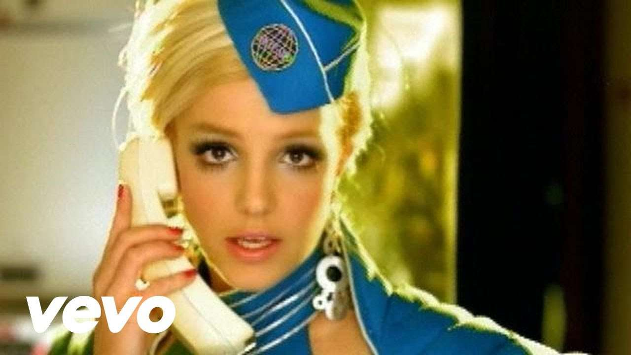 Britney Spears - Toxic (Official Video) - YouTube