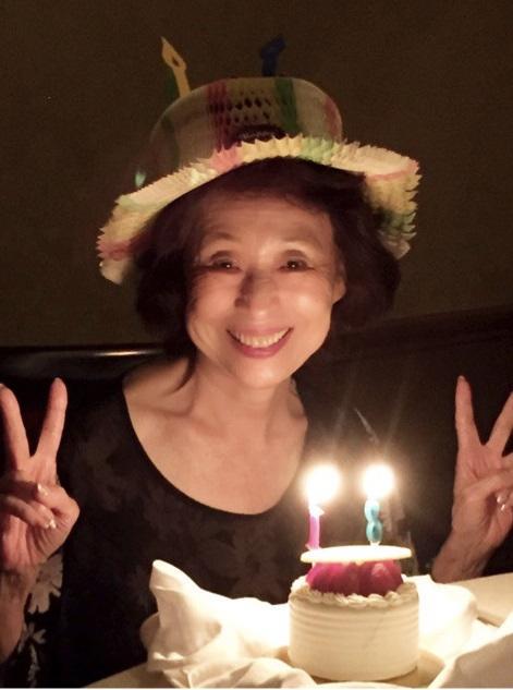 森口博子 81歳の母が「可愛すぎ」「若すぎ」と話題、4姉妹でサプライズ誕生会 - Ameba News [アメーバニュース]