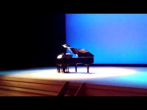 藤丸敏 趣味多彩 ピアノ - YouTube