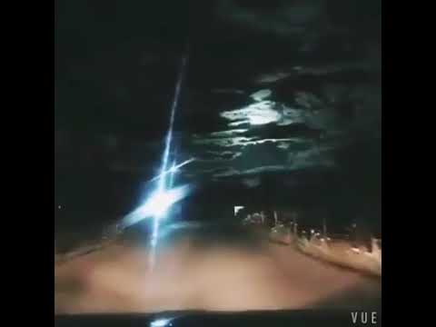 Something a bit different - major fireball in the sky over China tonight (Oct 4). - YouTube
