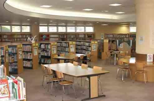図書館に勤めていた方