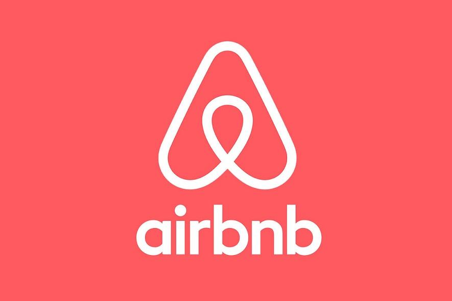 「民泊」でマイル・クーポンを付与! ANAとPeach、世界最大手の民泊仲介会社Airbnb Japanと提携