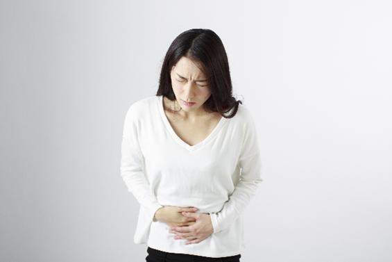 迷ったときに!6つの症状別【市販の胃薬の種類と選び方】   EPARKくすりの窓口コラム