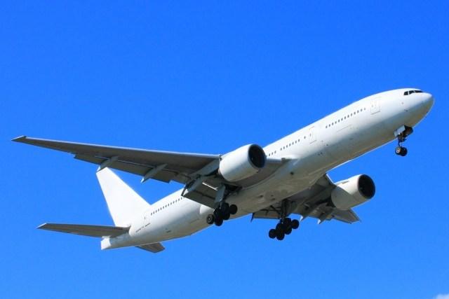 トランプ来日で飛行機到着時間は?着陸は羽田空港と横田基地のどっち?