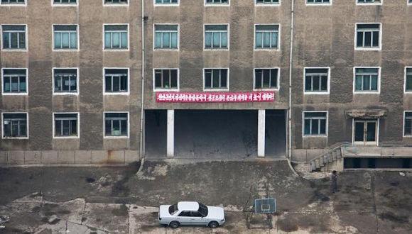 外国人カメラマンが密かに撮影した、北朝鮮の今がわかる写真 : カラパイア
