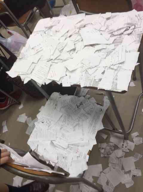 机に大量紙切れ、高2自殺未遂 第三者委「いじめ」認定:朝日新聞デジタル