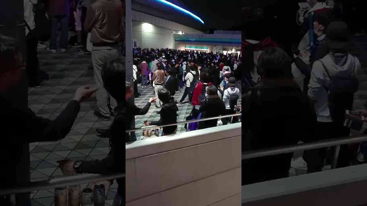 【乃木坂46】東京ドームライブで非常識の奴ら - YouTube