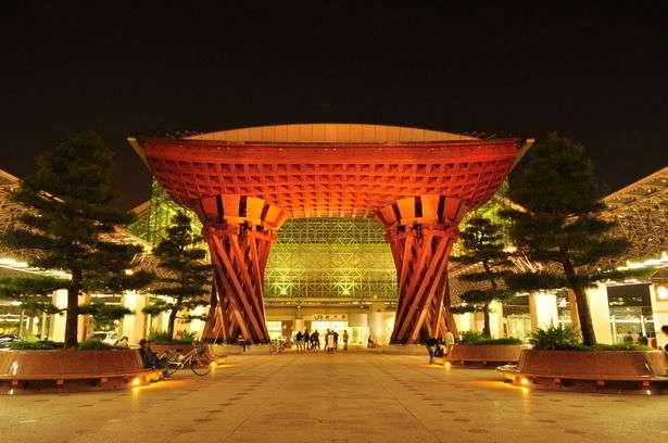 「世界で最も美しい駅」に選ばれた金沢駅が美しすぎる。 - NAVER まとめ