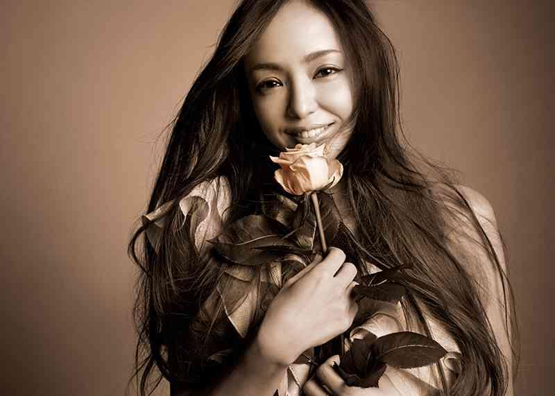 安室奈美恵 ベストアルバムが2010年代初となる150万枚を突破|邦楽・K-POP|ローチケHMVニュース