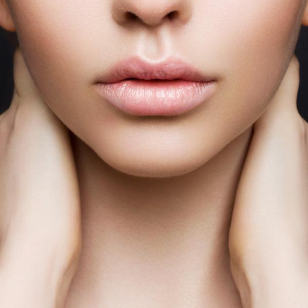 コンプレックスさようなら!唇が厚い人向けお悩み解消リップメイク|ウーマンエキサイト