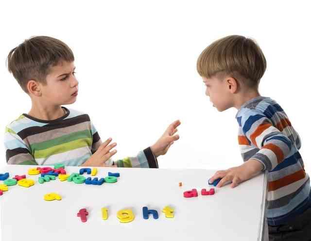 """「よその子にオモチャを貸さなくてもいい」と教える母親の意見に賛同続々「その通り」「""""貸してあげない = 悪い子"""" という訳ではない」など"""