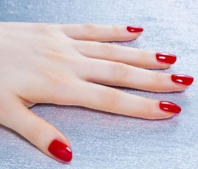 爪が薄い&割れるのはケラチン不足?爪をみるみる強くする栄養素は? | 美BEAUTE(ビボーテ)