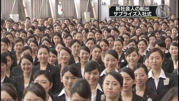 外国人「日本の新入社員がみんな同じ顔だ」 就活の没個性っぷりに海外衝撃 : 海外の万国反応記@海外の反応