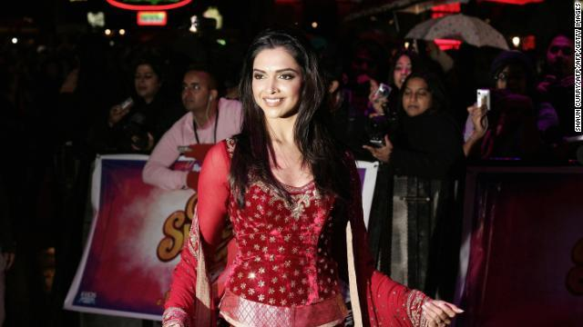 CNN.co.jp : 新作映画の公開延期、主演女優が脅迫の標的に インド - (1/2)