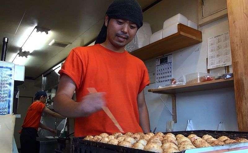 大阪 たこ焼き丼を出す「やしき」はあの歌手の親類の店 | THE PAGE 大阪