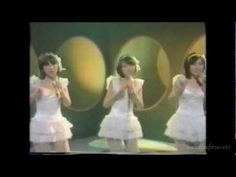 キャンディーズ 微笑みがえし - YouTube