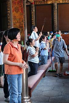 龍山寺 | 台湾観光-台北ナビ