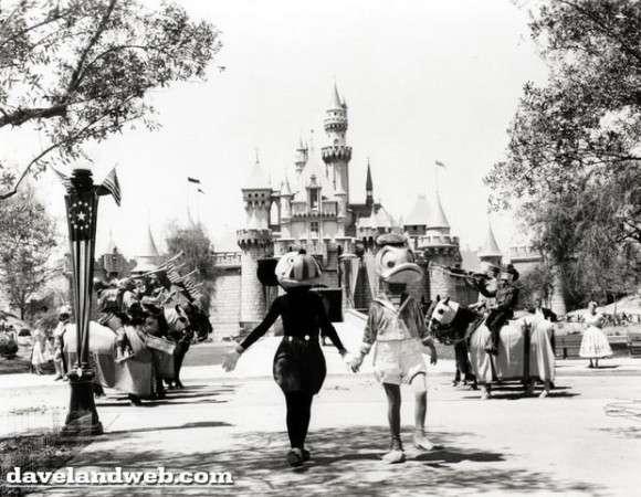 本家ディズニーランドの初日がトラブル多すぎて、まったく「夢の国」じゃなかった