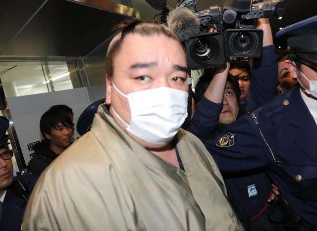 元朝青龍氏、ツイッターで日馬富士の処分軽減を求める署名への参加を呼びかける : スポーツ報知