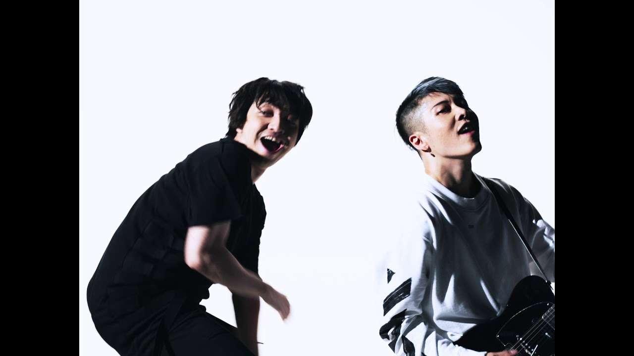 「Dancing With My Fingers / MIYAVI vs 三浦大知」Music Video - YouTube