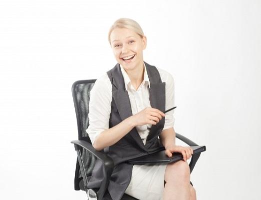 働く女性がオフィスにあったら嬉しいと感じるもの 2位「一人になれる作業スペース」、3位「加湿器」