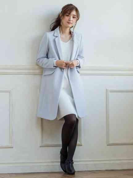 フェミニン系の秋冬ファッション