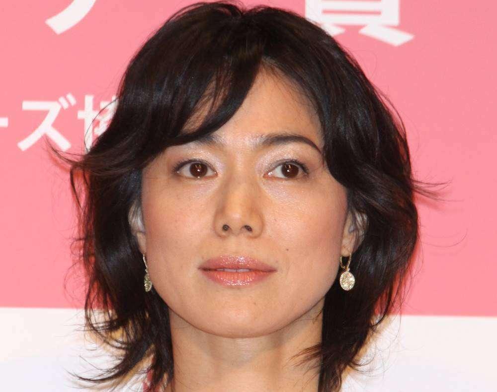 今井美樹 英国移住から10年…「日本に帰りたい」と漏らすワケ (女性自身) - Yahoo!ニュース