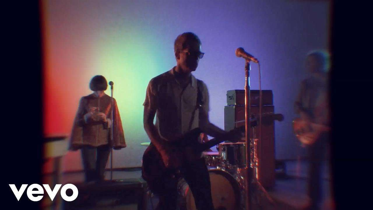 Noel Gallagher's High Flying Birds - Holy Mountain - YouTube