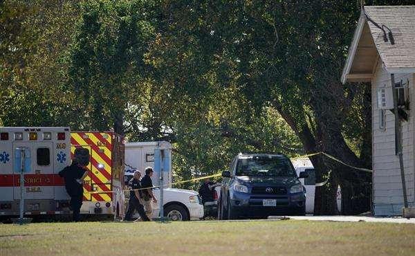 米テキサスの教会で銃乱射 27人死亡、24人負傷