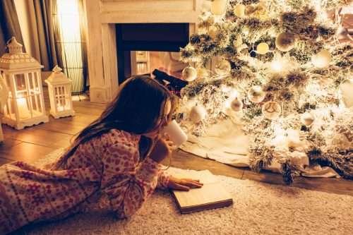 クリスマス誰と過ごしたいですか?1位「恋人」に続いて、2位は…マジ?