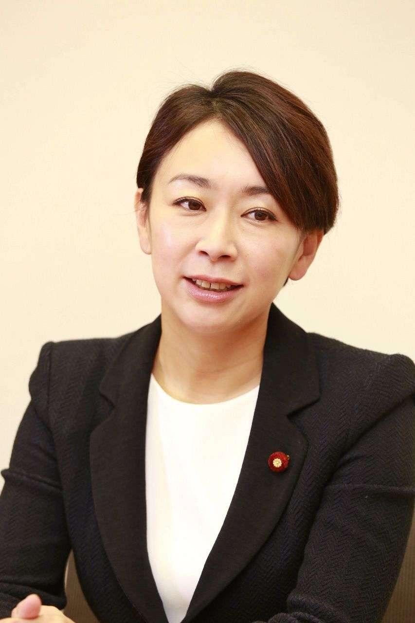 山尾氏 顧問に弁護士倉持氏 (カナロコ by 神奈川新聞) - Yahoo!ニュース