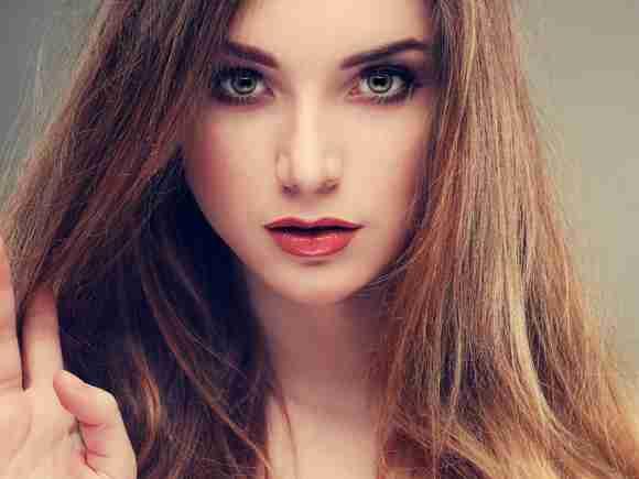 クリームチークの失敗しない順番と使い方をマスター。頬にツヤ感が! | 女性の美学