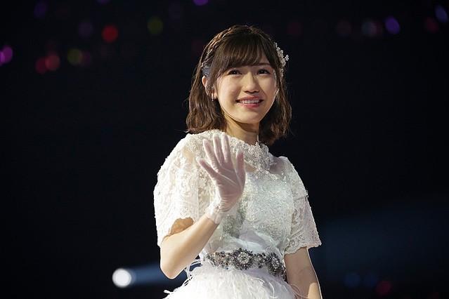 渡辺麻友の卒業コンサート 病死した23歳女性への「神対応」 - ライブドアニュース