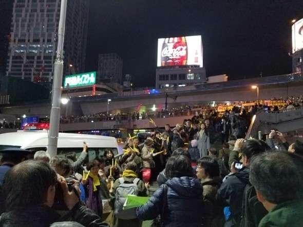 日本の市民がろうそく集会…「慰安婦問題、カネで解決される問題ではない」 (ハンギョレ新聞) - Yahoo!ニュース