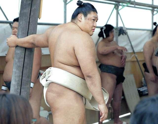 貴ノ岩も殴っていた!夏巡業中、同じモンゴル人力士を…日馬富士激怒の一因か : スポーツ報知