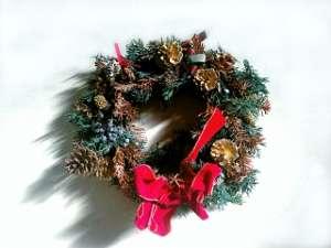 クリスマスリースの由来や意味は?いつから飾るの?いつまで飾るの? | Garden with